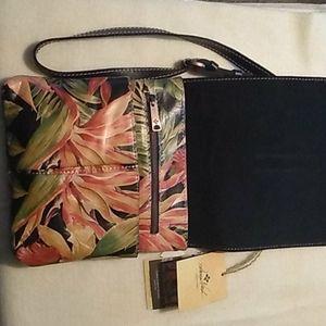 Patricia Nash Bags - NWT Patricia Nash Floral Design Crossbody Bag